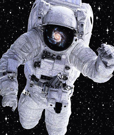 Космонавт на орбите