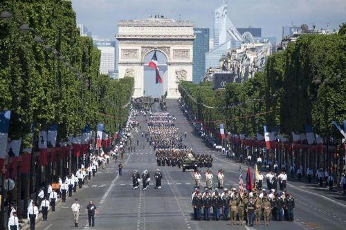 Парад во Франции
